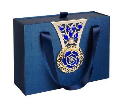 Подарочная декоративная коробка средняя синяя