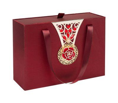 Декоративная подарочная коробка большая красная