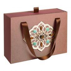 "Новогодний подарок  700 г ""Декоративная подарочная коробка средняя коричневая"""