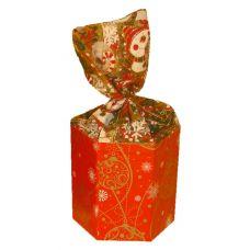"""Новогодний подарок  300 г """"Красный шестигранник с органзой малый"""""""